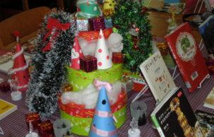 クリスマスの展示と抽選会